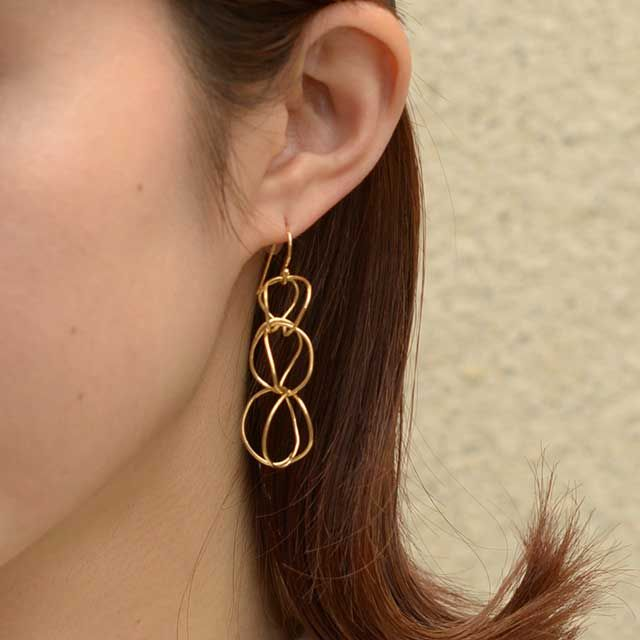 Bee Dance Earring 3(片耳) | MEGUMI TOYOKAWA